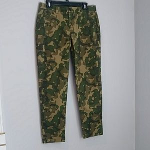 Gap Green Camo Khakis 6
